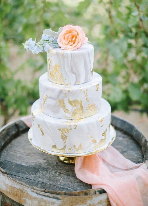Trending Wedding Cakes - Marbled